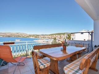 2 bedroom Apartment in Okrug Gornji, Croatia - 5562721
