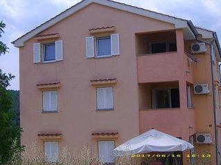 Apartment Deja