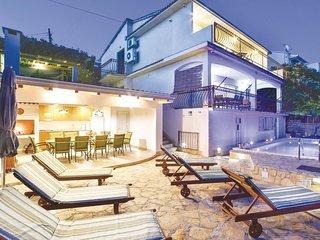 6 bedroom Villa in Okrug Gornji / Liveli, Splitsko-Dalmatinska Županija, Croatia