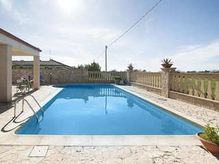 1 bedroom Villa in Pizzo, Apulia, Italy : ref 5608589