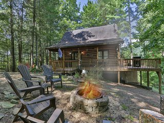 Creek Sound Cabin