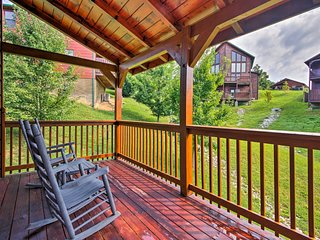 NEW! Pigeon Forge Resort Cabin - Near Dollywood!