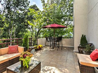 Gatlinburg Penthouse w/ Private 250-Foot Terrace!