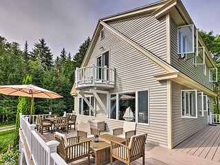 NEW! Luxe Sorrento Home w/ 200 Feet of Waterfront!