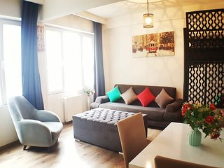 Best Location,Large Family Apartment,Taksim Square,2 Rooms,Balcony,Fourth Floor