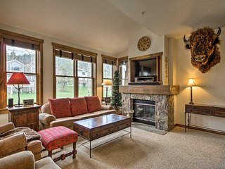 Breckenridge Condo w/8 Hot Tubs -Steps to Ski Lift