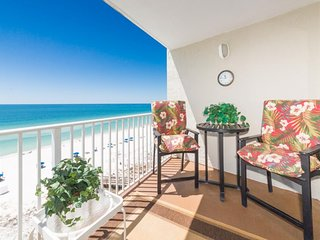 NEW LISTING! Beachfront condo w/ balcony, amazing Gulf views & shared pool/gym!