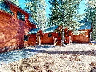 NEW LISTING! Cabin w/shared pool & hot tub, spacious deck, near golf/skiing