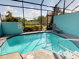 *Winter Special!* 4BD house private pool CDR458