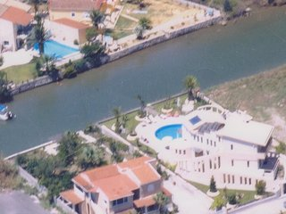 Villa Tasos - Luxury Villa w/ Pool & Jacuzzi
