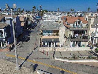 Upper Back Studio in an Oceanfront Home - Along the Boardwalk & Beach (68326)