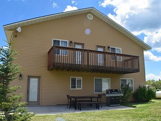 NEW LISTING! Updated Bear Lake Cabin w/game room, in walking distance to town