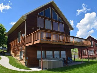 NEW LISTING! Lake home w/view of Bear Lake, private hot tub & shared pool
