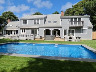 Chatham Resort Feel: Sleeps 16, Heated Pool/Spa, Renovated, Roomy, Upscale: 65-C