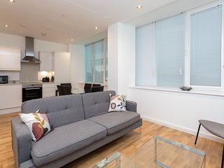 Beautiful 2 Bed Apartment in East Croydon 4