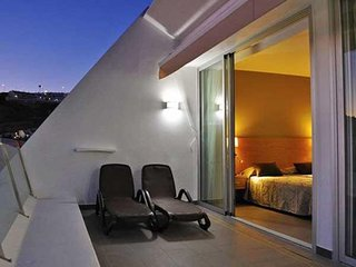 Puerto Calma 3 apartment in Puerto Rico with WiFi, integrated air conditioning,