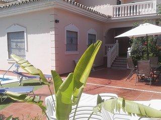 Magnífica villa con piscina climatizada
