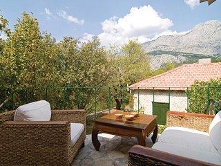 2 bedroom Villa in Tučepi, Splitsko-Dalmatinska Županija, Croatia : ref 5562785