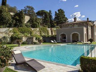 5 bedroom Villa in Poggio a Caiano, Tuscany, Italy : ref 5422075