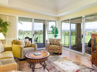 Tranquil Top Floor Condo with Mauna Kea Views
