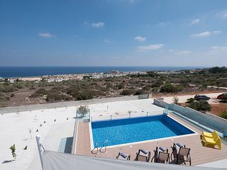 Cyprus In The Sun Celebrity Villa Marty Mckenna 606 Platinum
