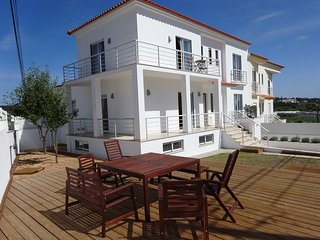 Casa Brisa da Lagoa - walk to beach, village centre, lagoon view family home