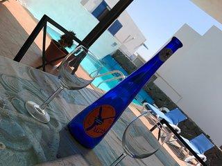 Villa Cinco Palmas, Playa Blanca, 3 bedrooms, private pool, sea views, wifi