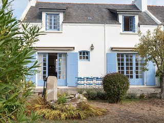 4 bedroom Apartment in Quiberon, Brittany, France : ref 5677852