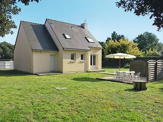 4 bedroom Villa in Saint-Sébastien-sur-Loire, France - 5440996