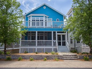 Beachwalk Amenities Spacious w/ Water View Perfect for Multi-Family Vacations