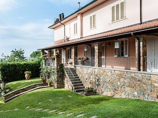 Villa Lory sulle colline lucchesi