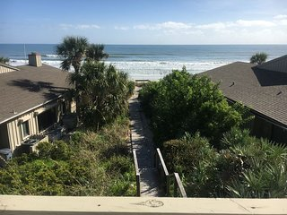 Sea Dunes Green Turtle B6 - Sunny Daze Townhome