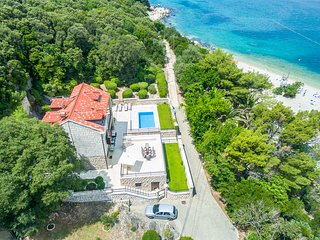 Outstanding BeachFront Villa with 5 Bedrooms in Dubrovnik