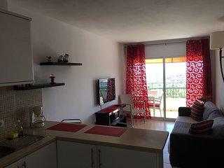 Torres del Sol Apartment
