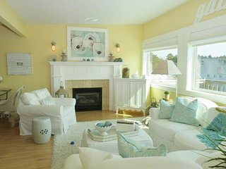 NEW LISTING! Dog-friendly & bright home w/beautiful ocean view, 1 block to beach