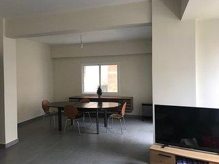 Appartement 105 m2 entierement renove quartier Badaro au Ceour de Beyrouth -