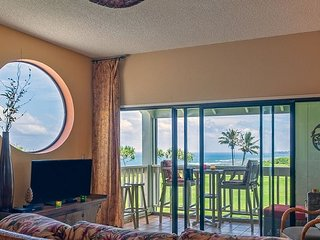 Kamahana 24: Spacious upstairs corner with great ocean & golf course views.