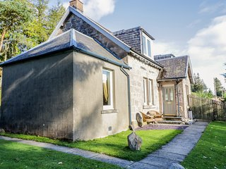 2 STATION COTTAGES, in the tiny hamlet of Dalnaspidal, near Dalwhinnie