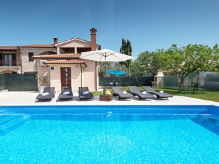 2 bedroom Villa in Galizana, Istria, Croatia : ref 5481101