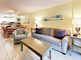 Updated 2BR Condo at Ocean Walk w/ Pools & Spa - Walk to Beach