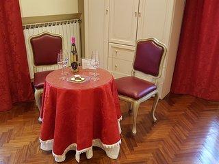 Due Torri Suites a due passi dalla Stazione Centrale e Centro di Bologna