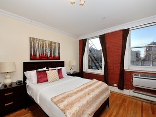 Snuggle up in this Studio with incredible city views in Midtown West