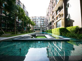 Luxury 2 BedRooms Easy To Beach & Phuket Town Free Wifi & WaterSupply & Elec