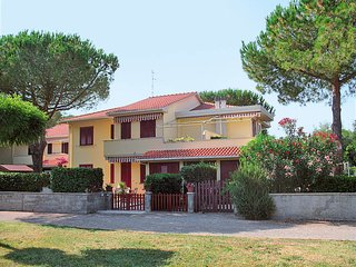 1 bedroom Apartment in Vada, Tuscany, Italy : ref 5651487