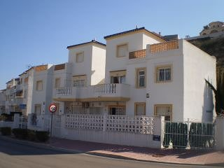 3 BEDROOM PROPERTY OVERLOOKING MARQUESA GOLF COURSE