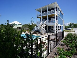 Private Heated Pool, pet friendly, elevator, north Cape San Blas, Gulf side