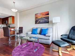 2110 SFX · COMFY APT IN OLD MONTREAL 2