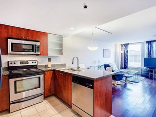 1205 SFX · BEST SUITE CONDO 2