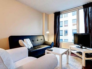 1604 SFX · BEST SUITE IN OLD MONTREAL