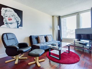 1305 SFX · BEST SUITE CONDO 3